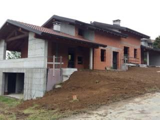 Foto - Villa a schiera via Leonardo da Vinci 20, Pogno