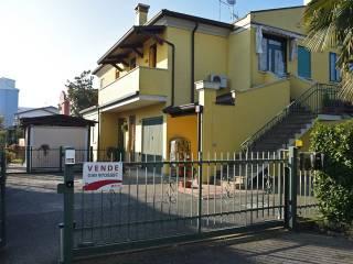 Foto - Trilocale via Giuseppe Garibaldi 2, Pontelongo