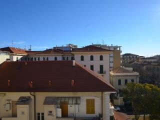 Foto - Bilocale via Milite Ignoto 16, Albenga