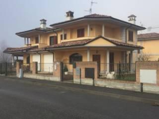 Foto - Villa bifamiliare via cassarà, Roncaro