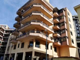 Foto - Trilocale primo piano, Principe Umberto, Messina
