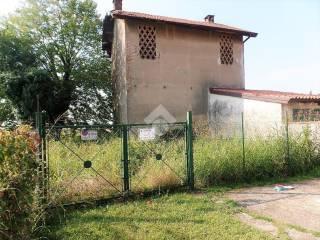 Foto - Terreno edificabile residenziale a Sulbiate