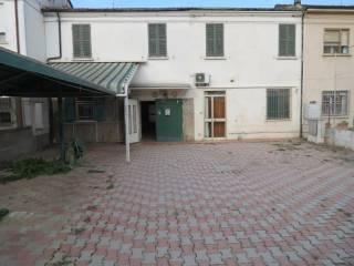 Foto - Casa indipendente 244 mq, da ristrutturare, Bagnacavallo