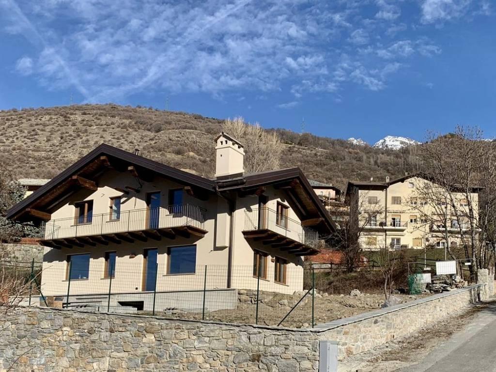 foto  Apartment in villa frazione Champeille 7, Quart