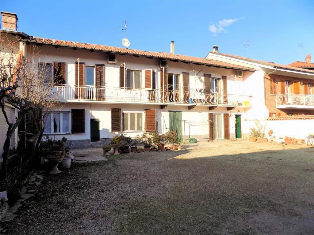 foto esterno Appartamento via Ruatti 9, Caramagna Piemonte