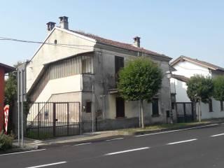 Foto - Villa unifamiliare, da ristrutturare, 131 mq, Ronsecco