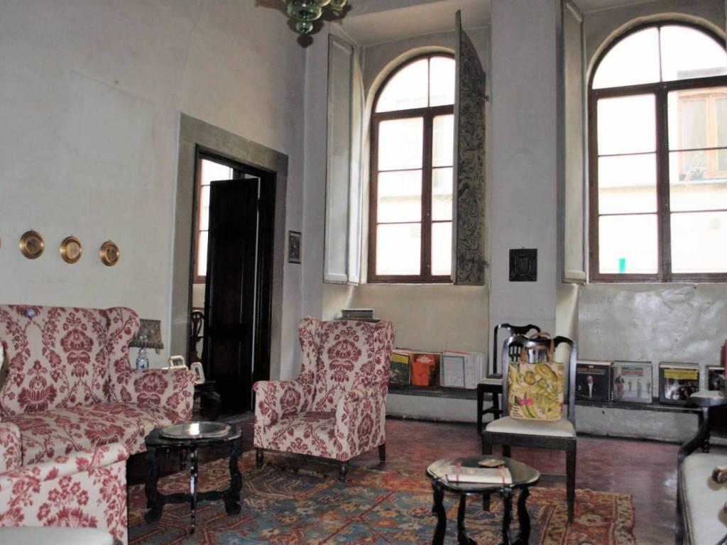 foto  Appartamento da ristrutturare, primo piano, Firenze