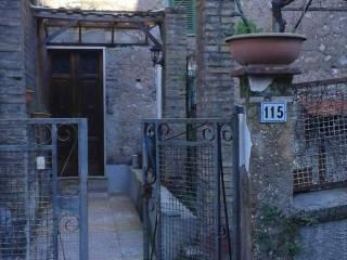 Photo - Building via 4 Novembre 115, Montelanico