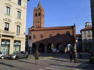 Foto - Trilocale via Vittorio Emanuele II, Centro Storico, Monza