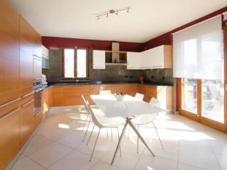 Foto - Villa unifamiliare, buono stato, 180 mq, Agrate Conturbia
