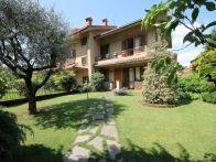 Villa Vendita Mozzo