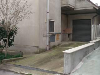 Foto - Quadrilocale via Giosuè Carducci 7, Monsampolo del Tronto