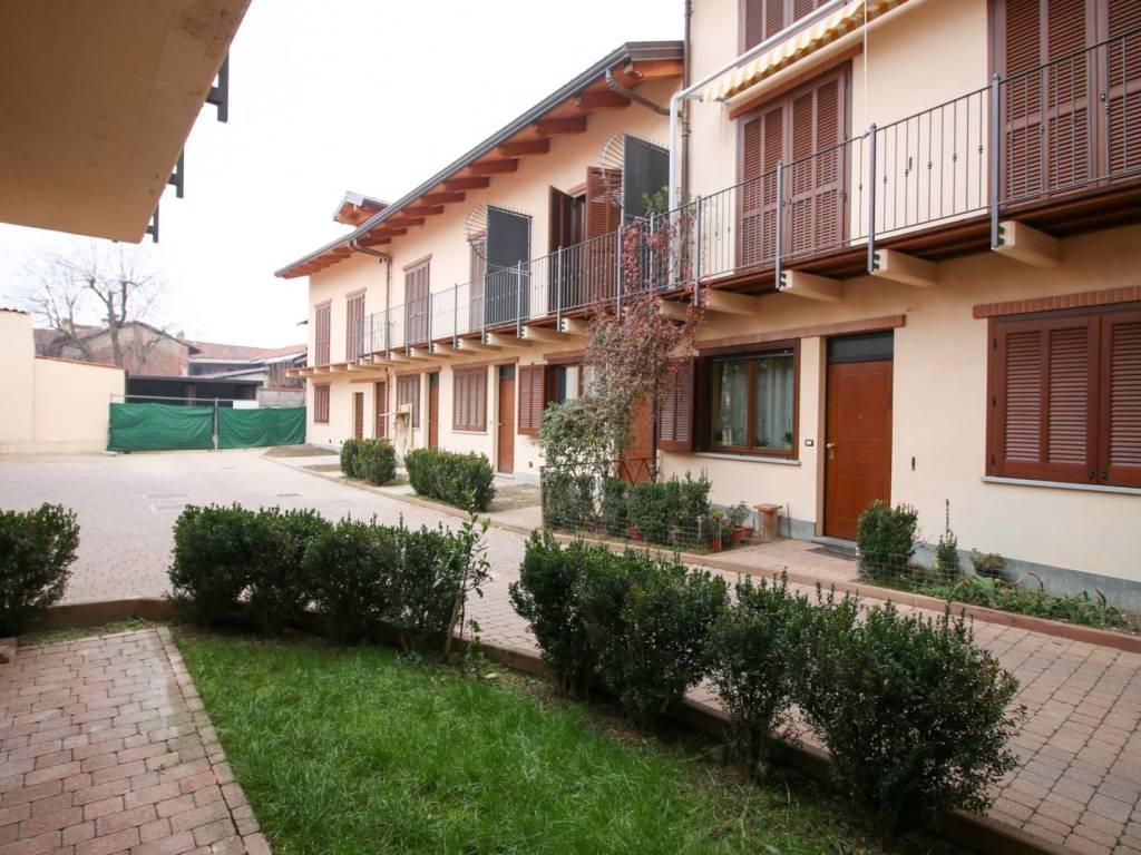 foto facciata Terraced house via Trento 7, San Benigno Canavese