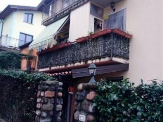 Foto - Trilocale via Madonnina 25, Cavagnano, Cuasso al Monte