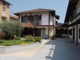 Photo - Terraced house via Vittorio Ferrero 6, Leinì