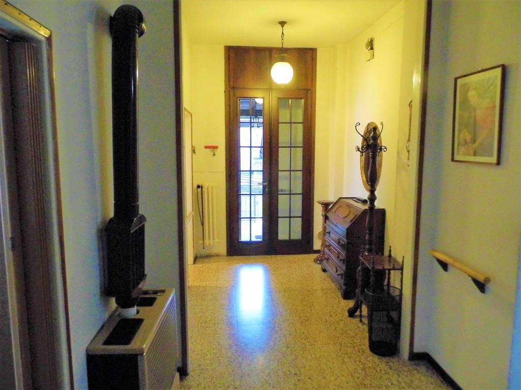 foto ingresso Single family villa, good condition, 148 sq.m., Montello