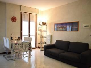 Photo - 3-room flat via Umberto Giordano, Cologno Monzese