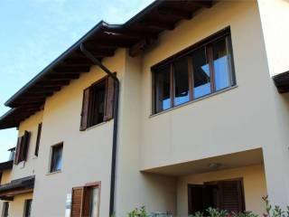 Foto - Trilocale via fratelli rosselli, 3, Borgo Ticino