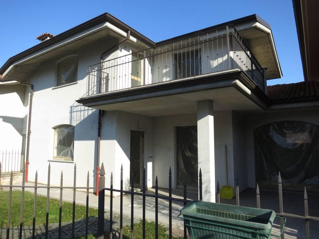 foto Esterno Villa a schiera, nuova, Boves
