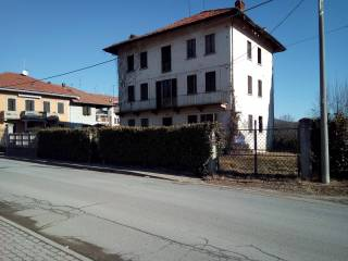 Photo - Detached house via Roma, Lozzolo