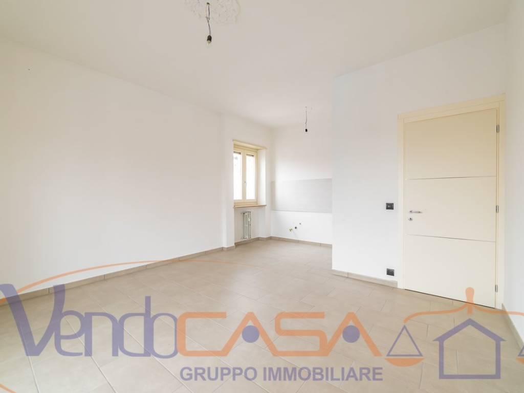 foto soggiorno 3-room flat via de Gasperi, Narzole