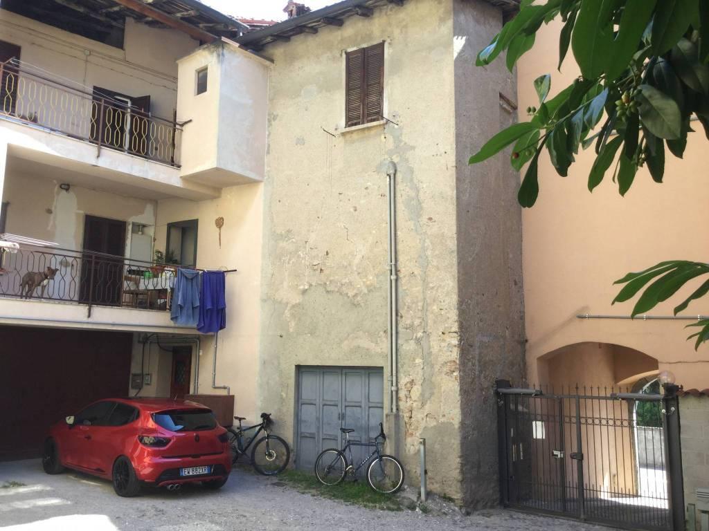 foto  Quadrilocale via Damiano Chiesa, Ponte Lambro