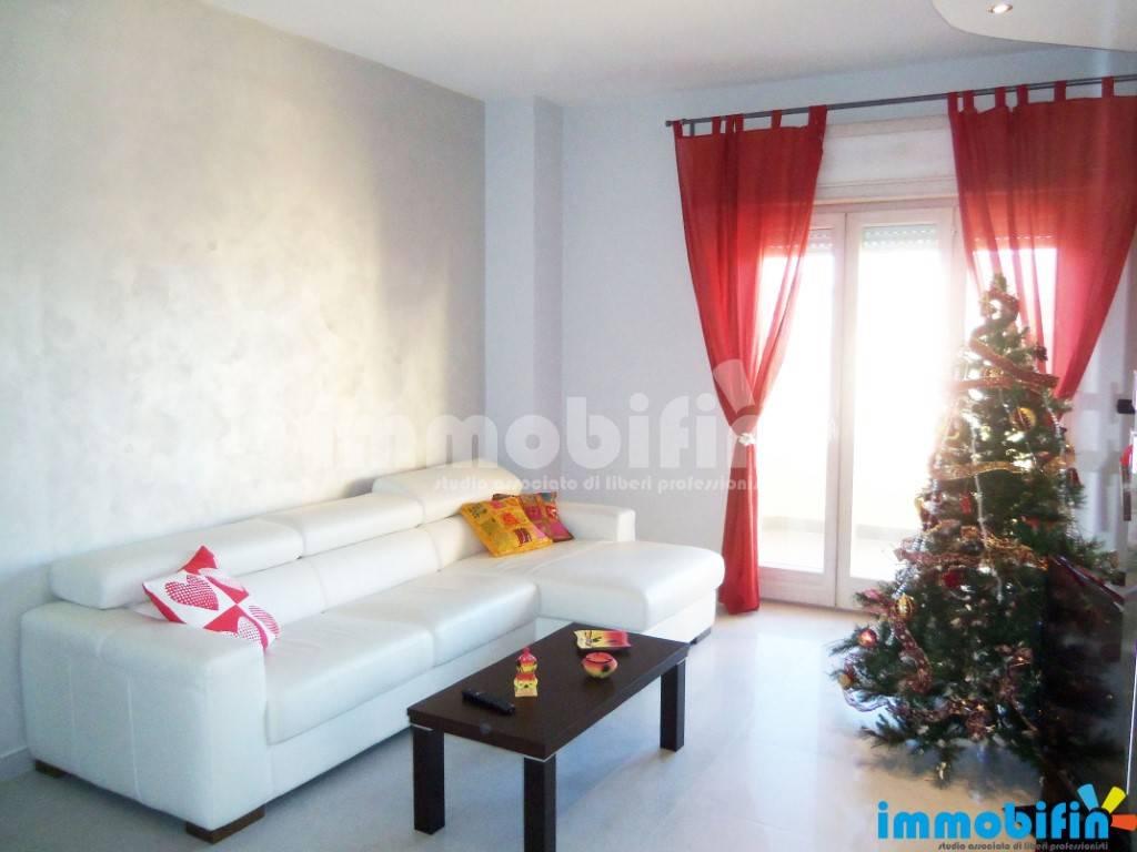 foto soggiorno Appartamento ottimo stato, secondo piano, Oria