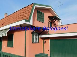 Foto - Villa unifamiliare via Piave 21, Casorate Sempione