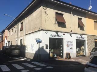 Foto - Stabile o palazzo via Re Umberto I 57, Lainate
