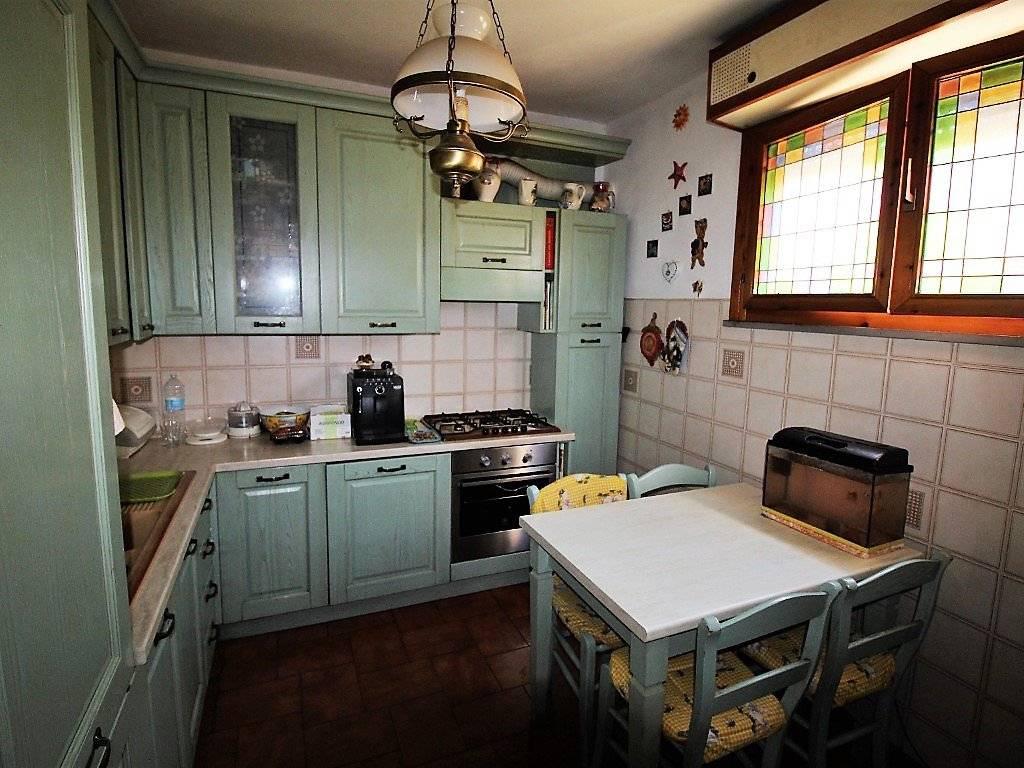 Vendita Appartamento in via Aretina. Montevarchi. Buono ...