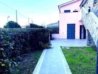 Foto - Bilocale Strada per i Piani, Castellaro