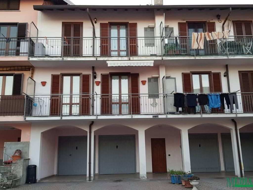 foto esterno 3-room flat via Alessandro Volta, Limido Comasco