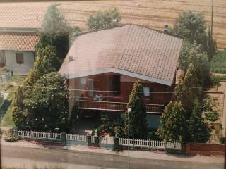 Foto - Villa a schiera, da ristrutturare, Ruina, Ro