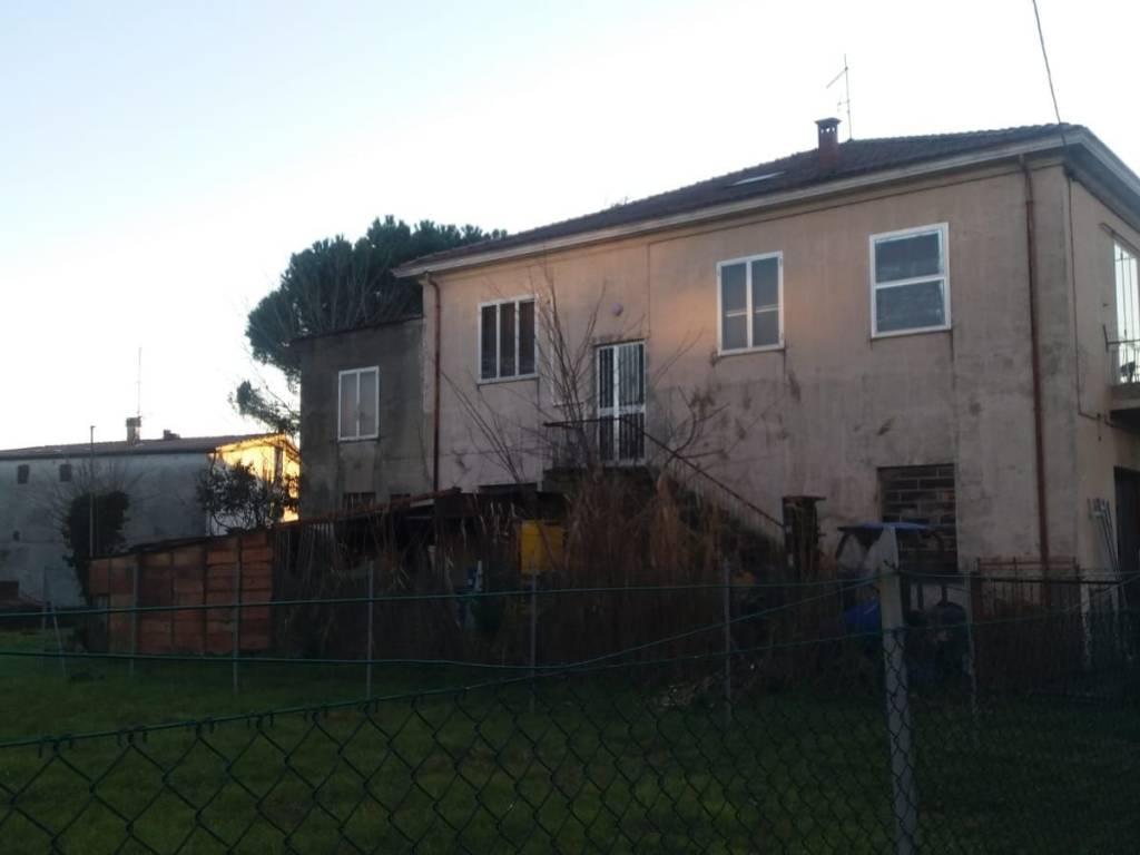 foto  Stabile o palazzo via Orione 23, Rimini