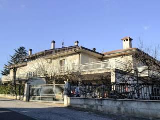 Foto - Villa plurifamiliare via Vecchia Flaminia 9, Bastardo, Giano dell'Umbria