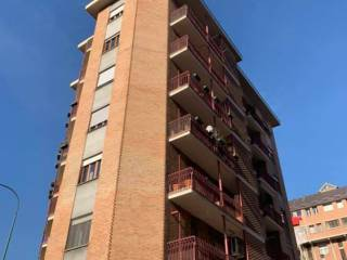 Photo - 4-room flat via Gottardo, Regio Parco, Torino