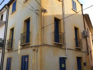 Foto - Casa indipendente Vico 1 Vittorio Emanuele 1, Tertenia