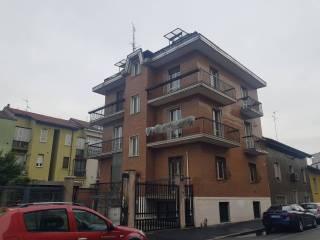 Case e appartamenti via privata val di fiemme Milano ...