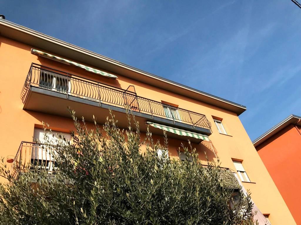 foto esterno 3-room flat via Roma, Senna Comasco