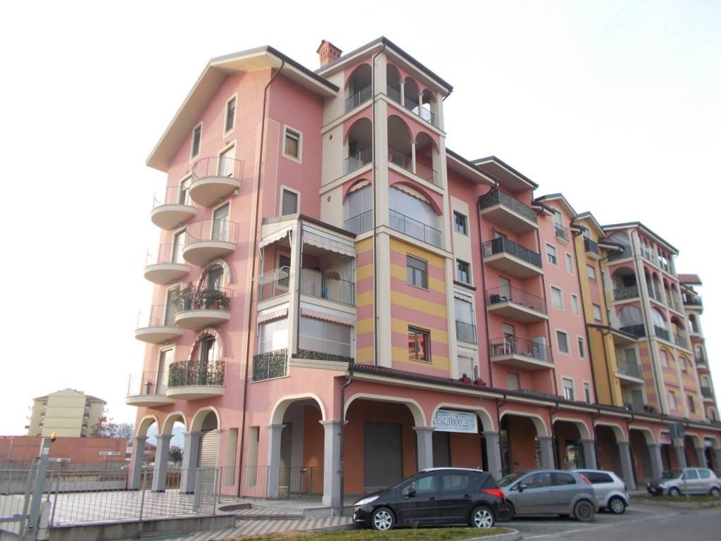 foto  3-room flat via Giotto 14, Leinì