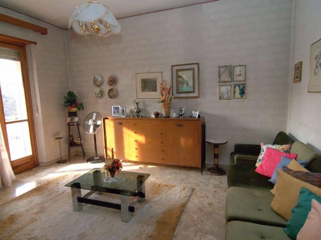foto  3-room flat via Xxiv Maggio, 30, Trofarello