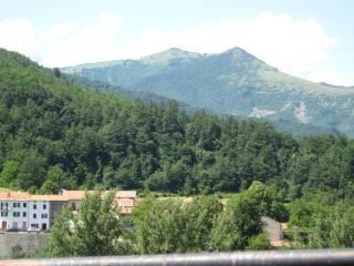 Foto - Quadrilocale frazione Loco Sotto, Rovegno