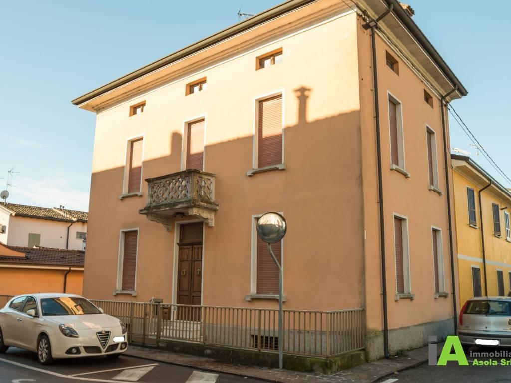 foto  Single family villa via Andrea Costa 21, Asola
