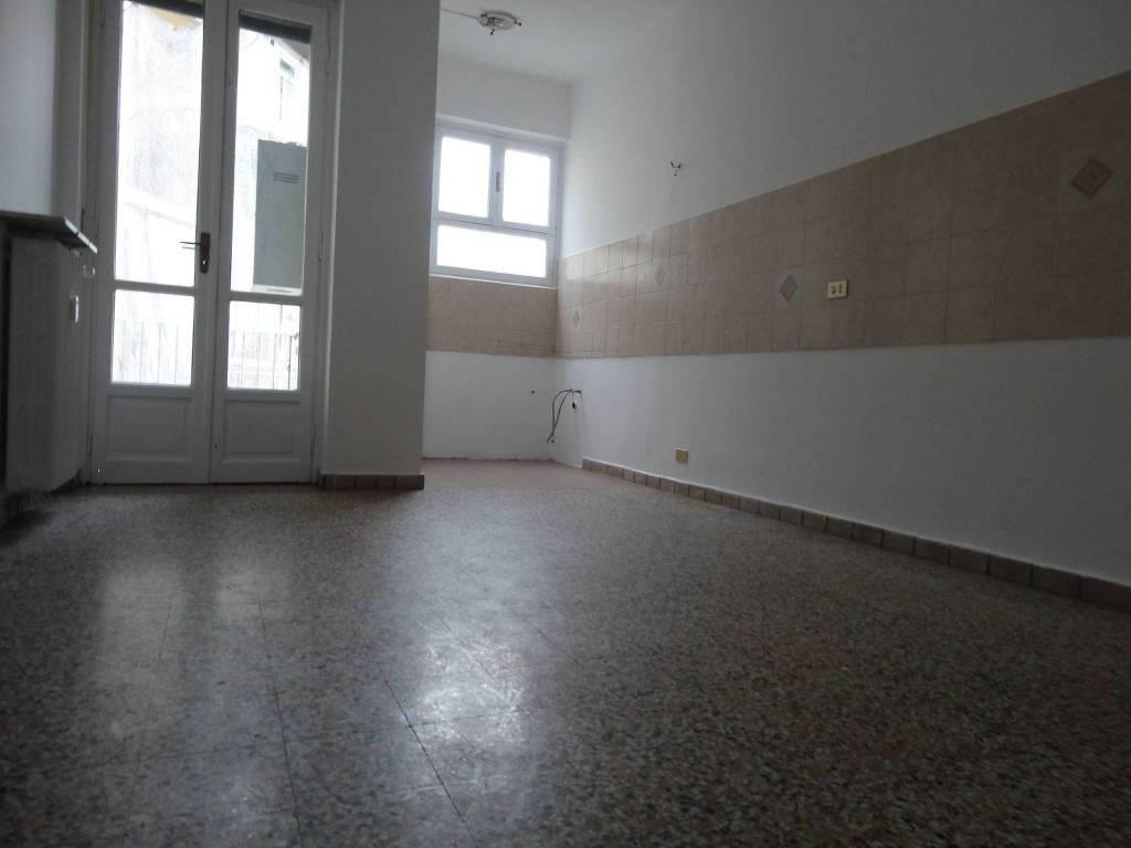 foto CUCINA Bilocale buono stato, terzo piano, Torino
