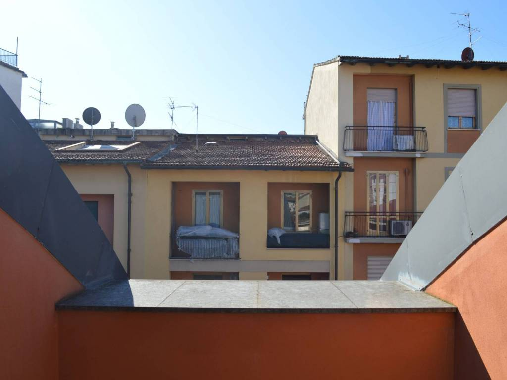 Vendita Appartamento Firenze Trilocale In Via Francesco