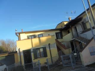 Photo - Terraced house via Marasso, Bòrnio, Lusia