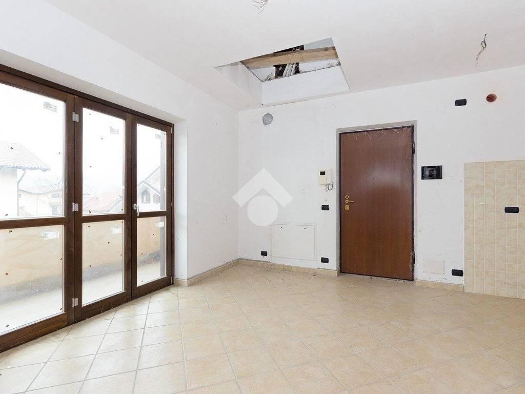 foto Soggiorno 3-room flat via fontana, 15, Almese