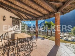 Foto - Villa unifamiliare, ottimo stato, 140 mq, Carlazzo