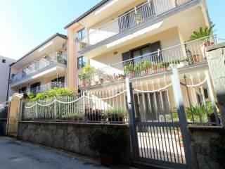 Foto - Quadrilocale via Mazzini Vico II, 6, Portico di Caserta
