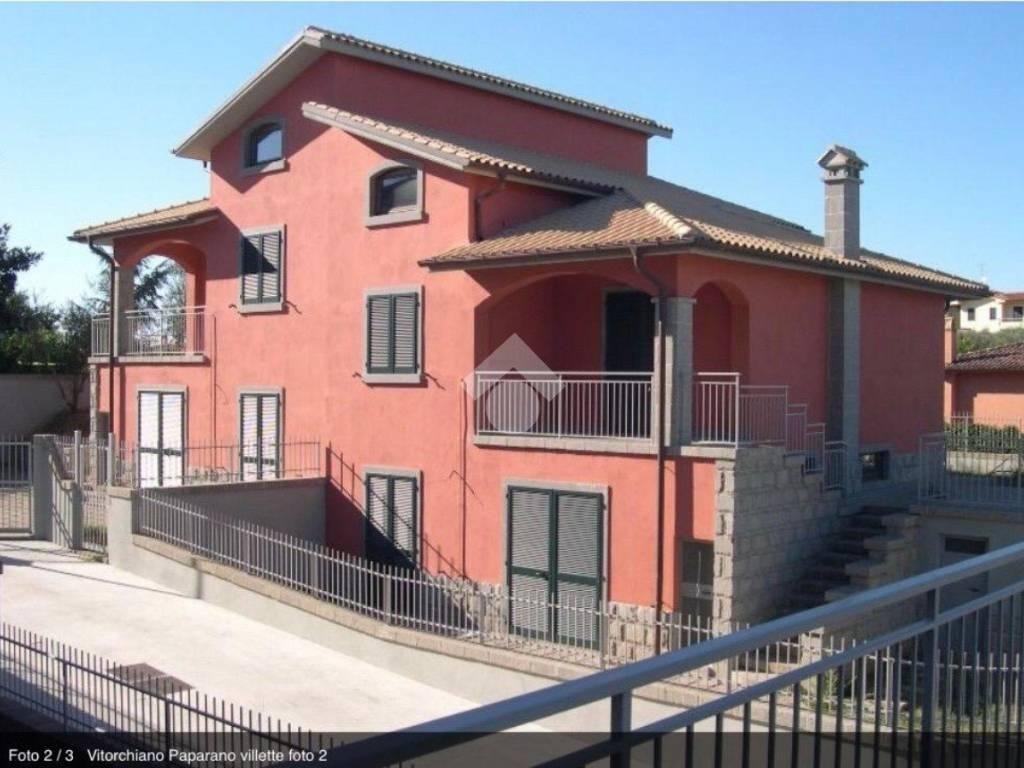 foto  Villa bifamiliare Località Paparano, Vitorchiano